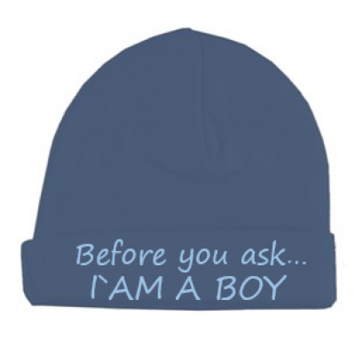 "Babymutsje ""Before you ask I`am a boy"""